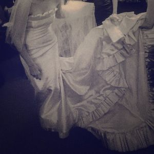 Romona Keveza cathedral-length wedding  gown, veil